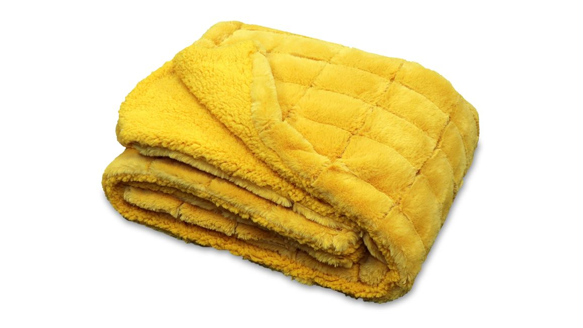Unique Living Kussens : Unique living xavi fleece plaid golden glow smulderstextiel.nl