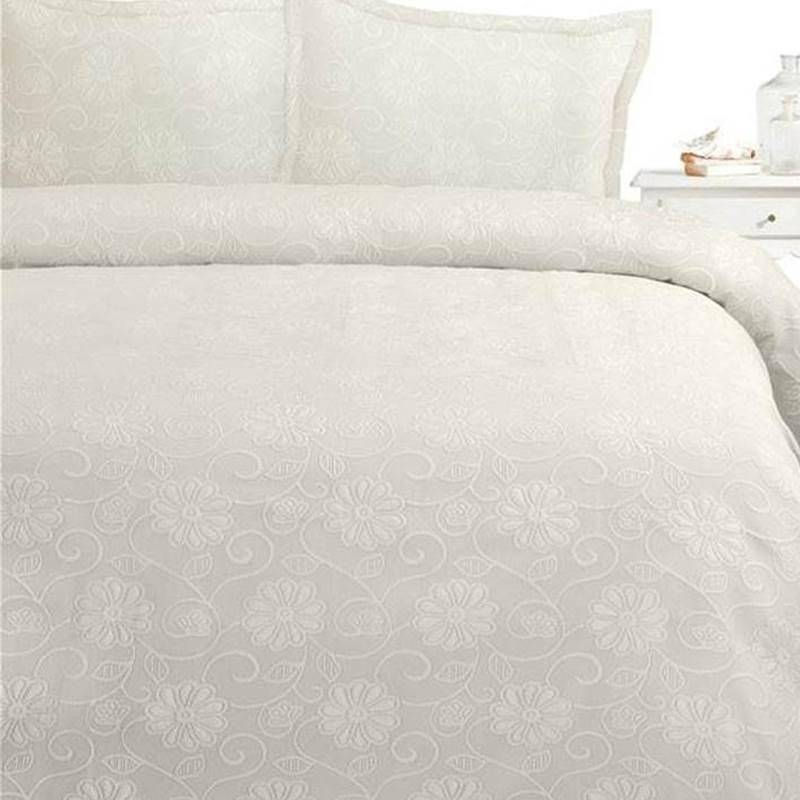Fancy Embroidery Donna bedsprei